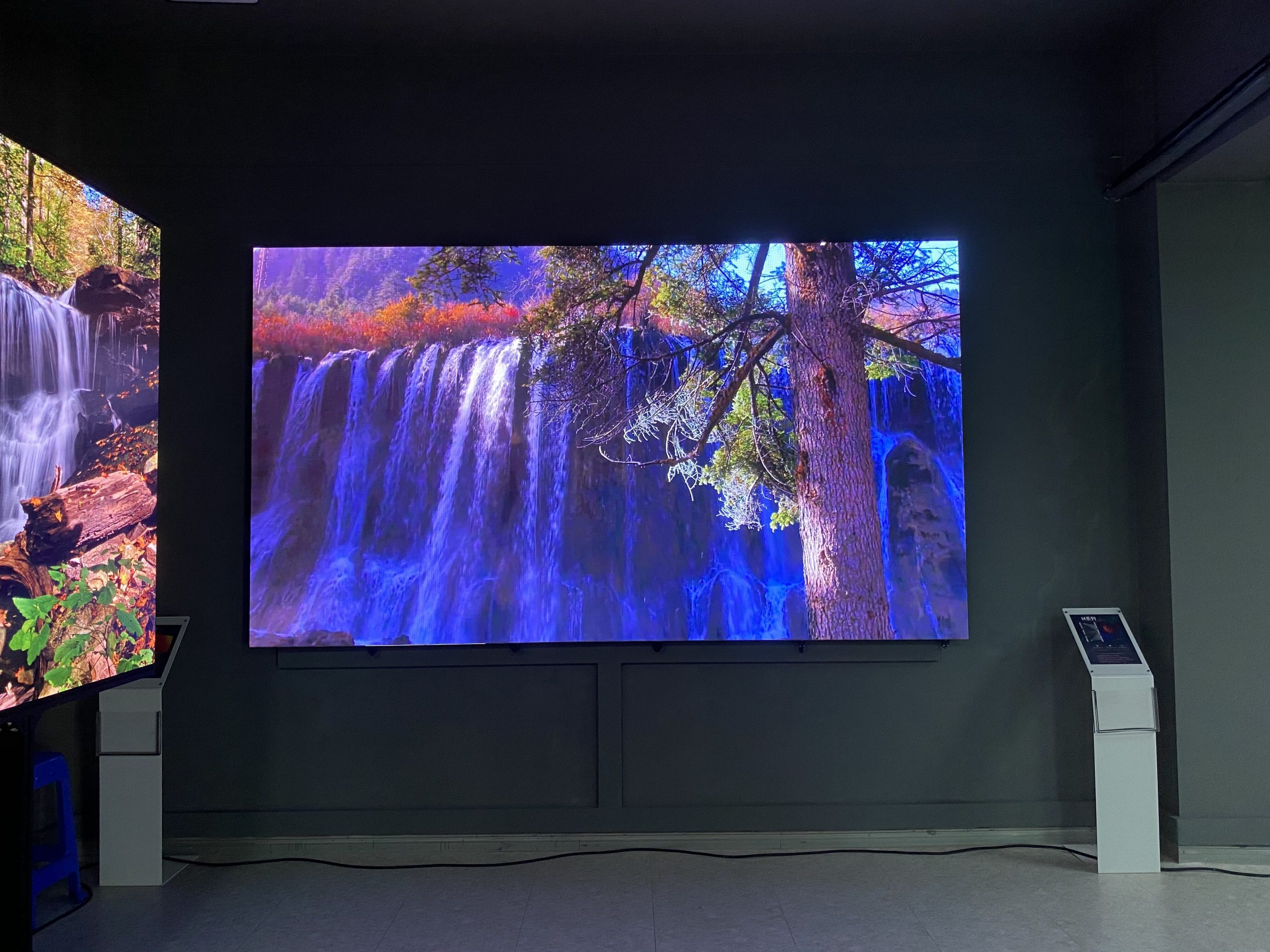 How can LED screen companies rise up and seize the high ground in the field of radio and television?